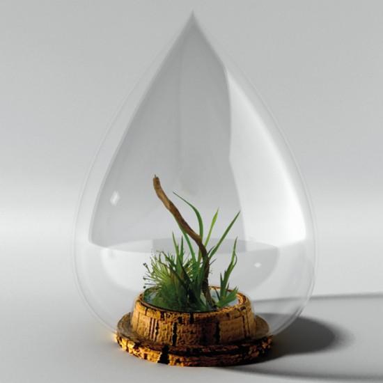 Goutte et soucoupe en verre soufflé selon un savoir-faire Artisanal avec un socle en liège.